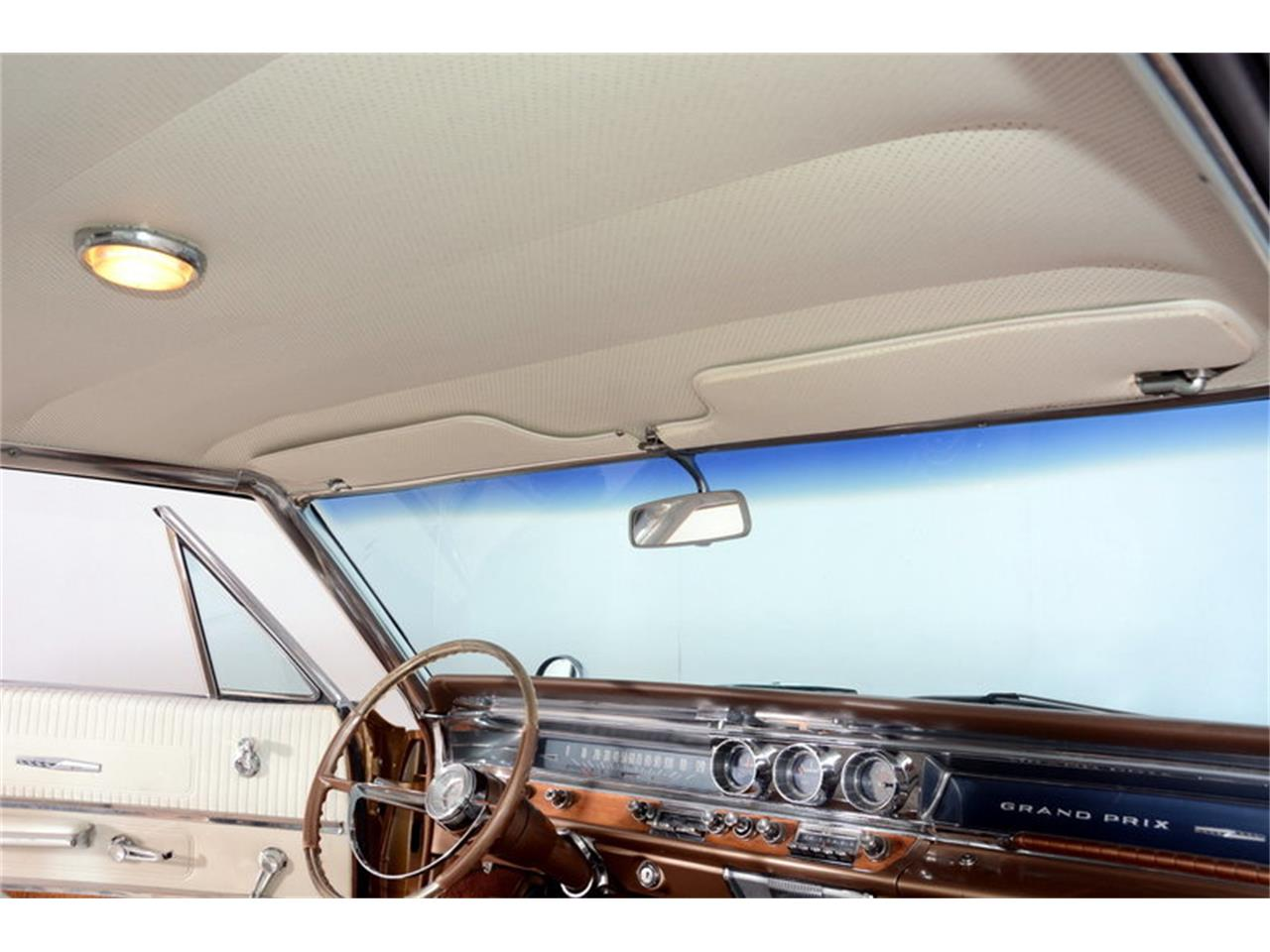Large Picture of Classic 1963 Grand Prix - $24,998.00 Offered by Volo Auto Museum - L30D