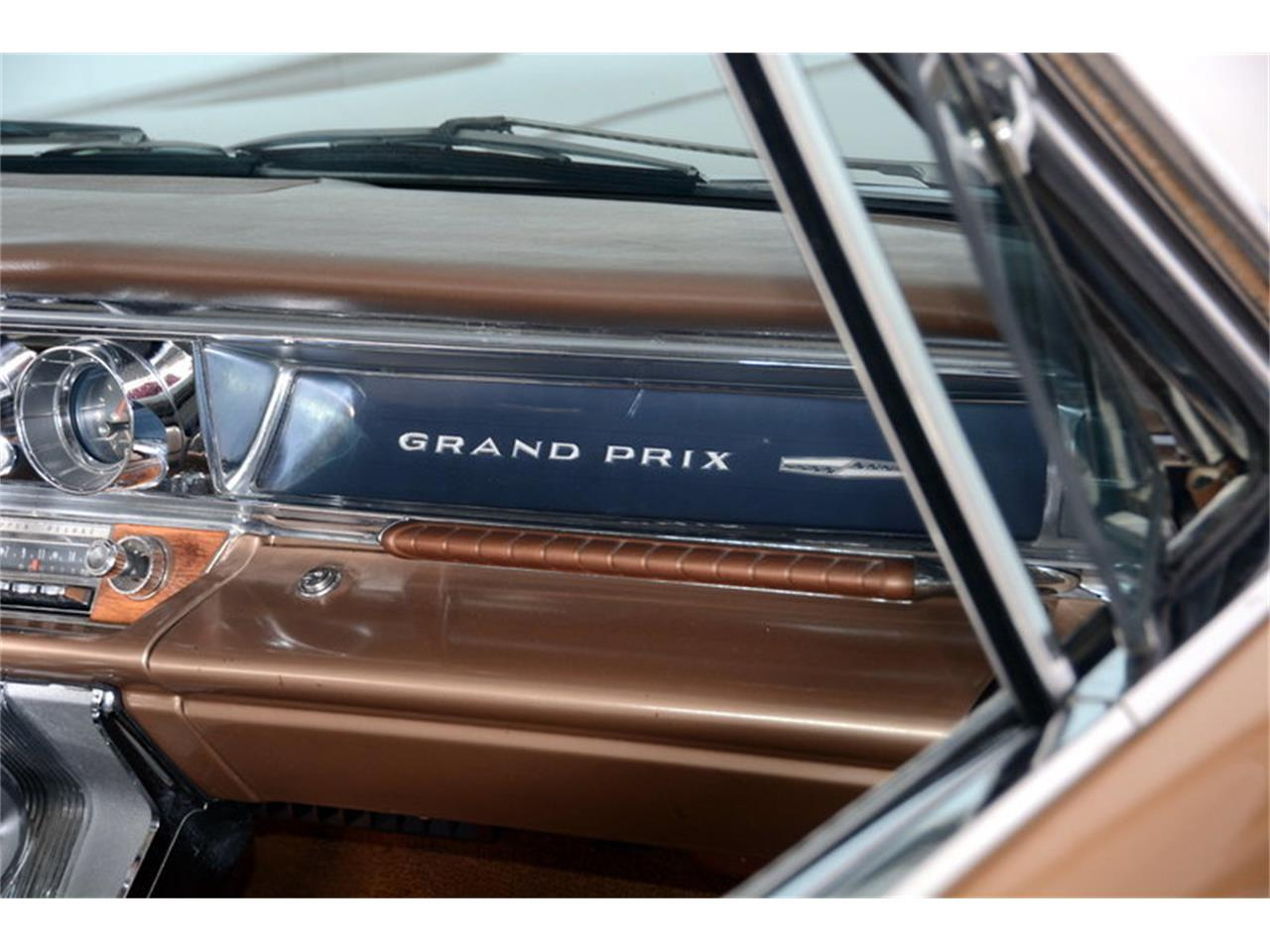 Large Picture of Classic '63 Grand Prix Offered by Volo Auto Museum - L30D