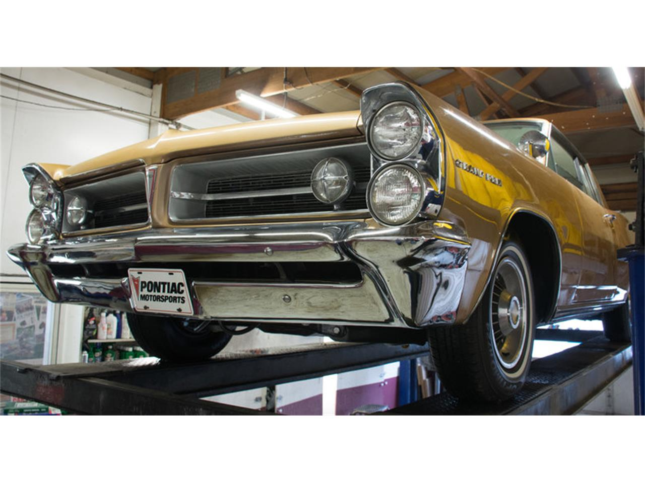 Large Picture of 1963 Pontiac Grand Prix - $24,998.00 Offered by Volo Auto Museum - L30D