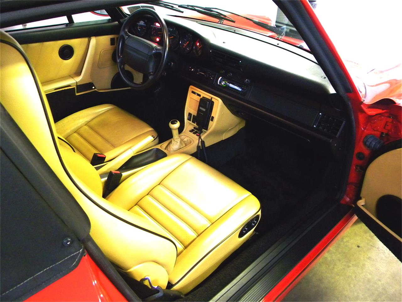 Large Picture of 1993 Porsche 911 Carrera Offered by AIC Auto Sales Inc. - L319