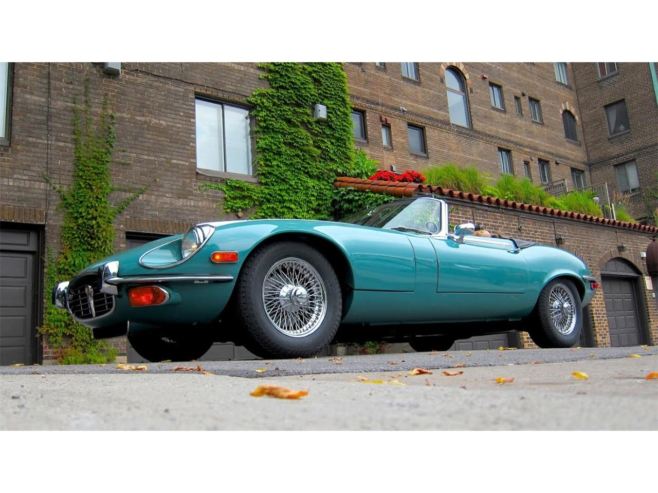 Large Picture of '74 Jaguar E-Type - $120,000.00 Offered by a Private Seller - L31X