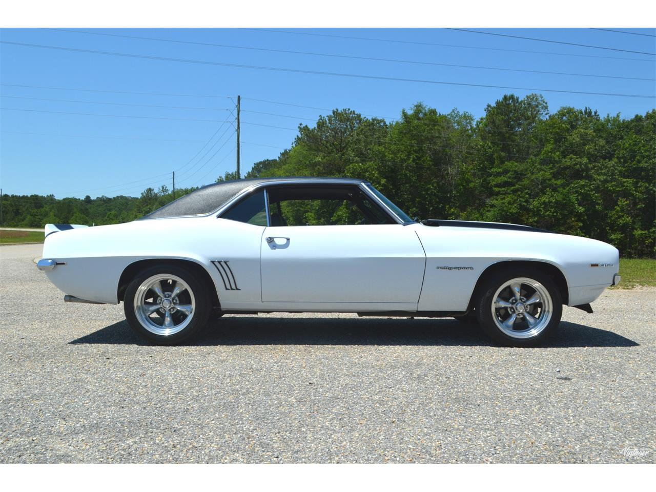 Large Picture of Classic '69 Chevrolet Camaro RS located in Alabaster Alabama - L329
