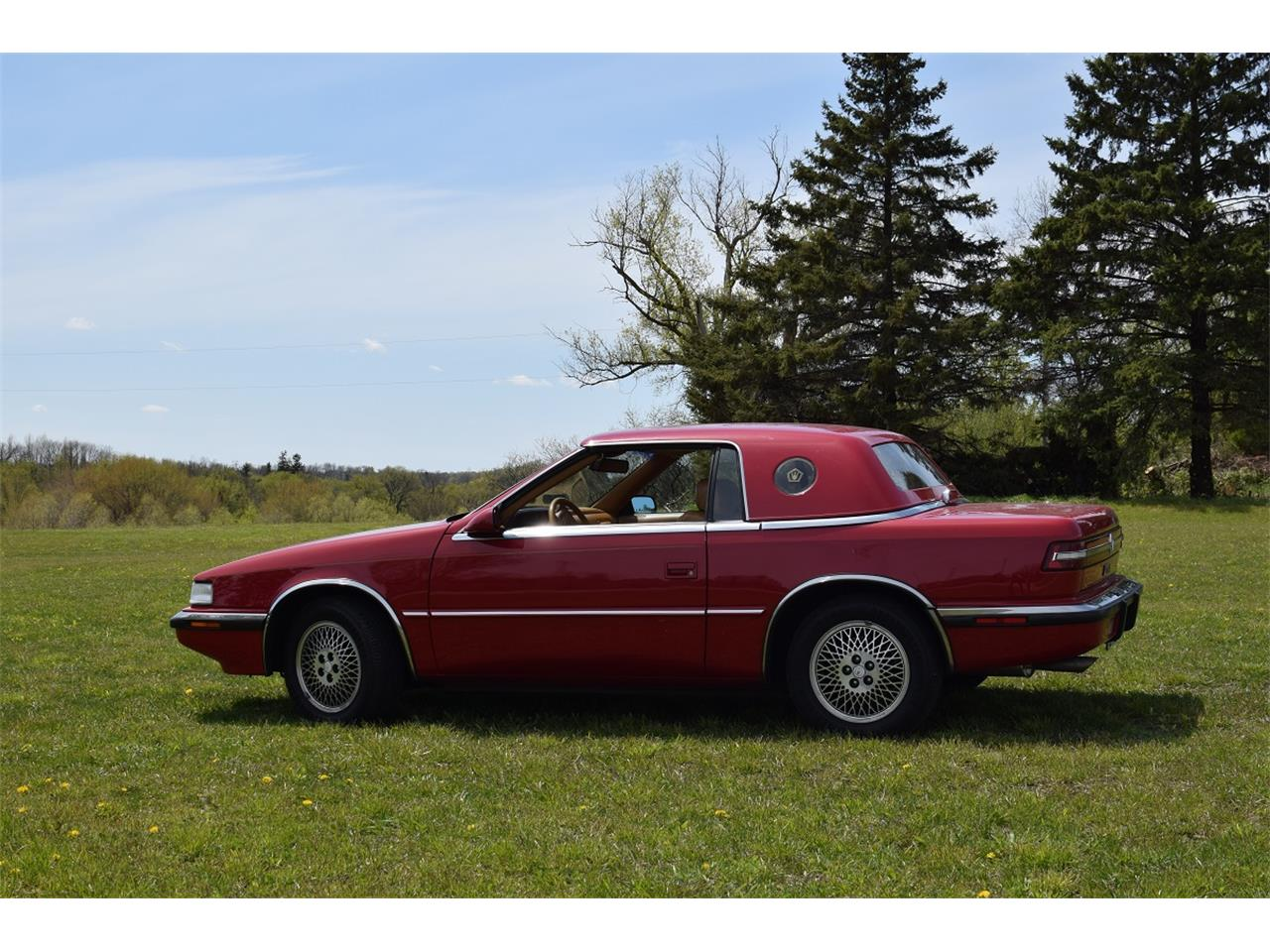 Large Picture of '90 Chrysler TC by Maserati - $5,500.00 - L32J