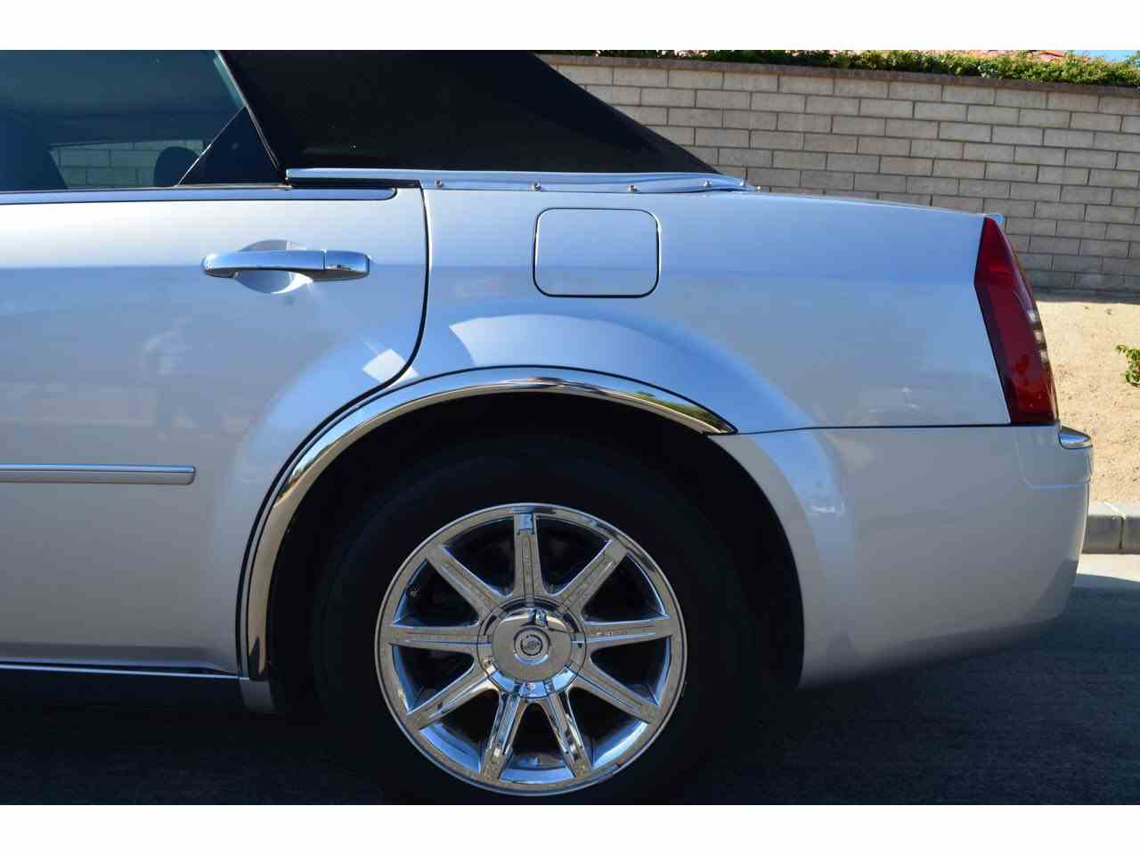 features chrysler hemi road test options and photo s original reviews safety