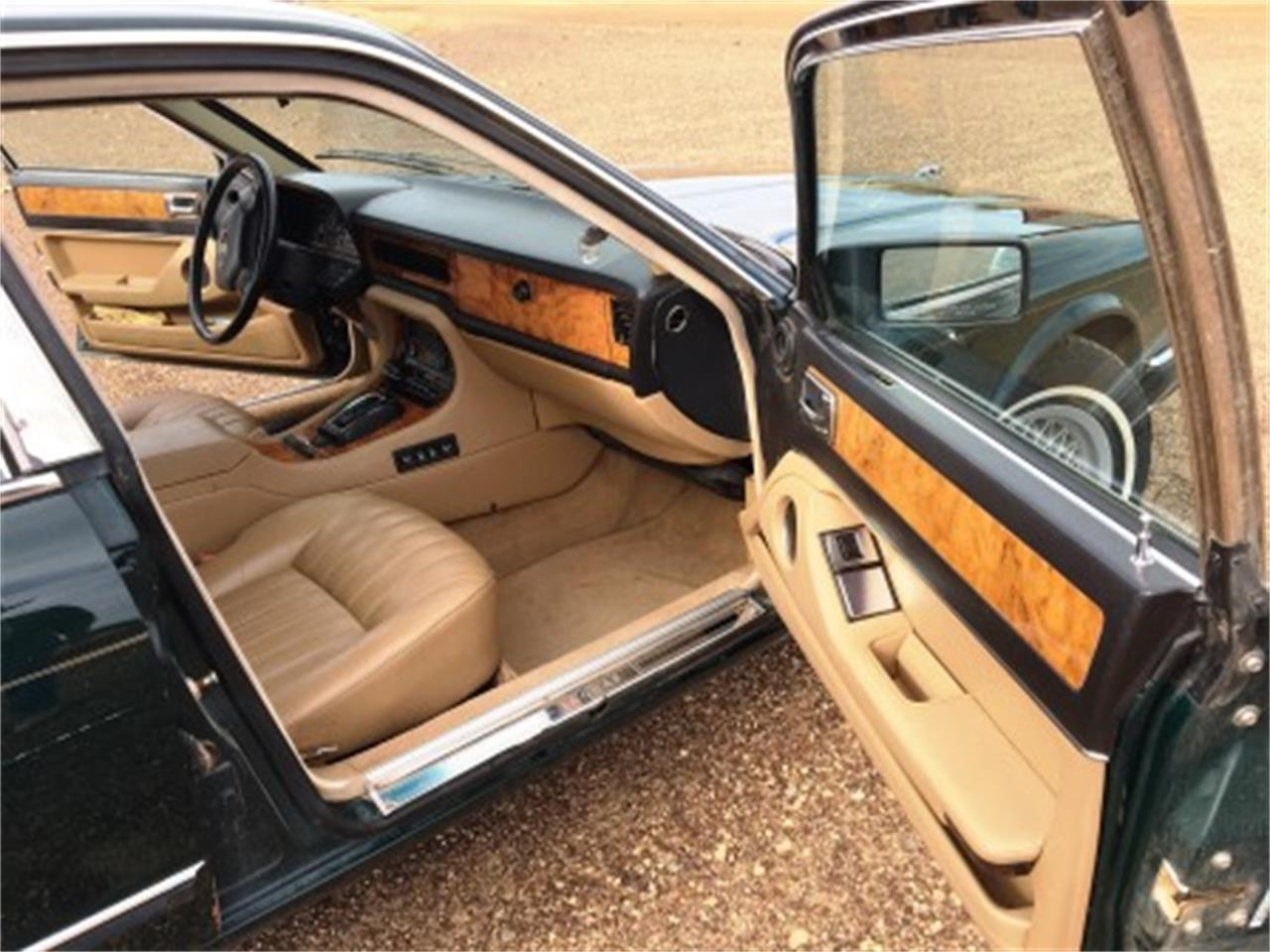 Large Picture of '91 XJ6 - $1,500.00 Offered by a Private Seller - L3B6
