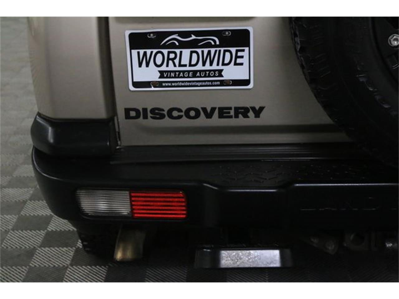 Large Picture of '03 Discovery - L3D5