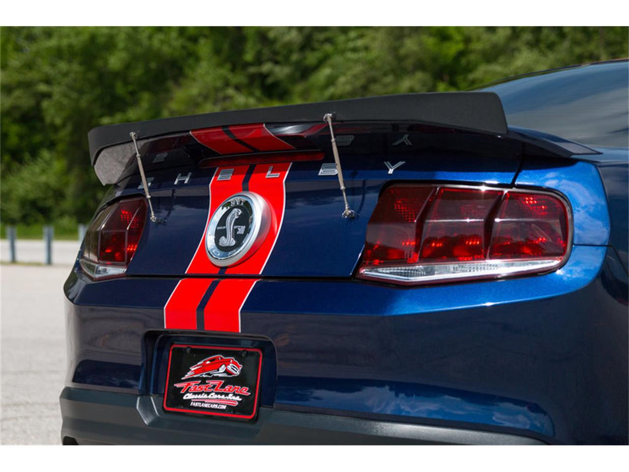 Large Picture of 2011 Shelby GT500 located in St. Charles Missouri - L3G7