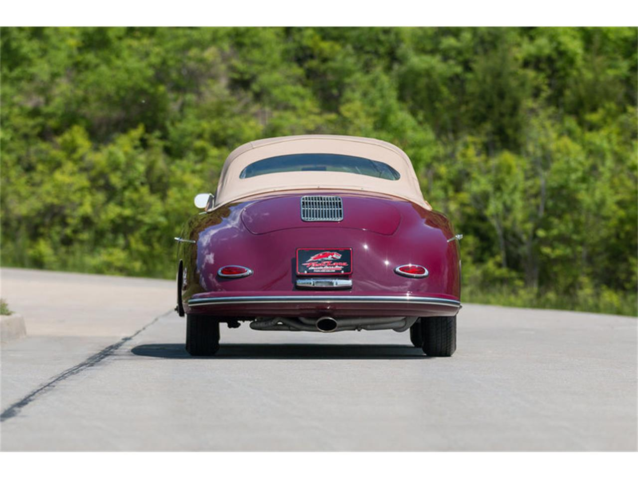 Large Picture of 1957 Speedster located in St. Charles Missouri - L3G9