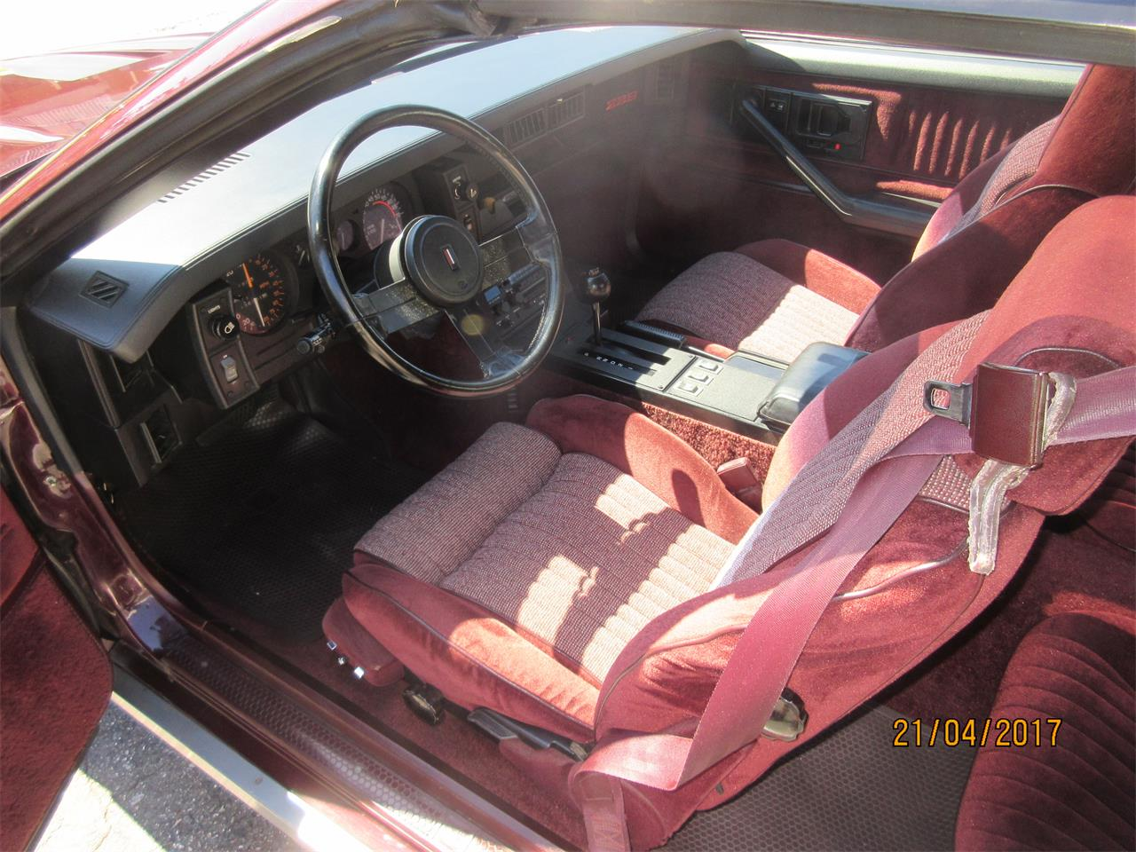 Large Picture of 1982 Chevrolet Camaro Z28 located in Burnaby British Columbia - $15,000.00 - L3IA