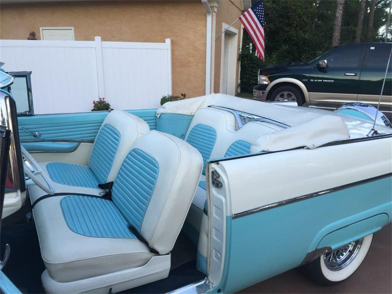 Large Picture of 1955 Ford Sunliner located in Florida - L3IT