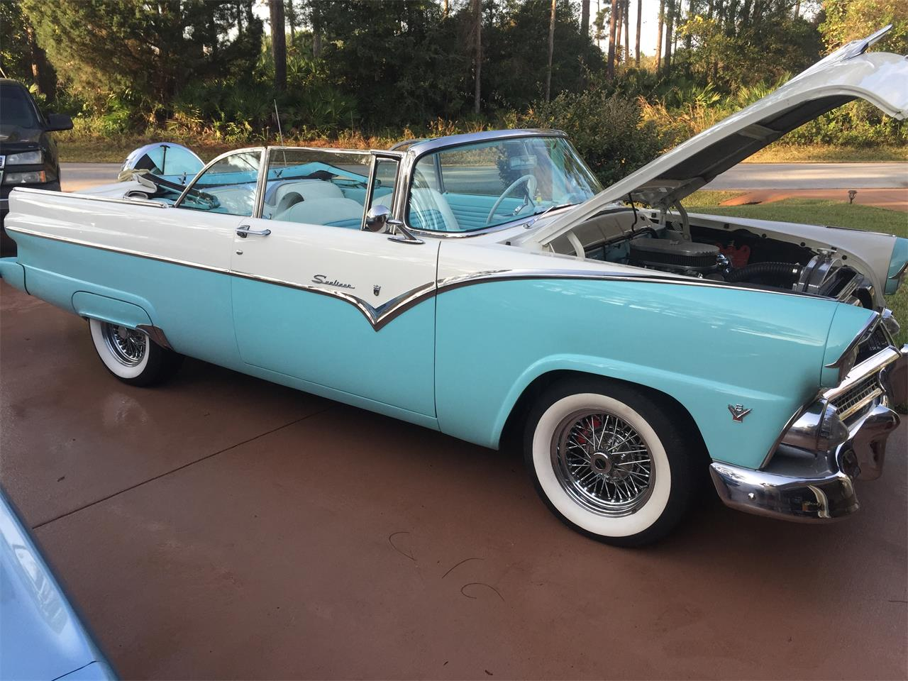 Large Picture of Classic 1955 Ford Sunliner Offered by a Private Seller - L3IT