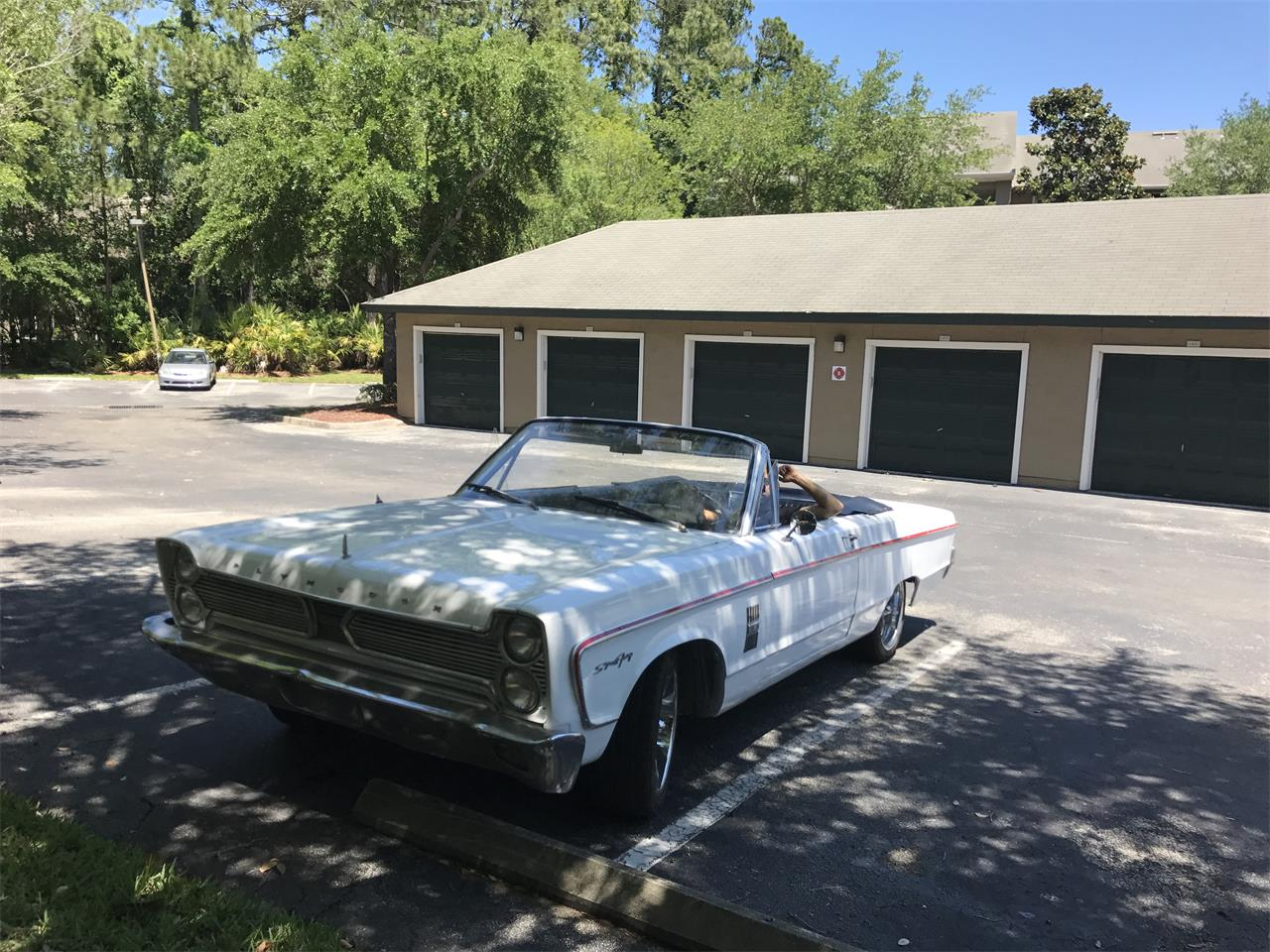 Large Picture of Classic '66 Plymouth Fury III located in Jacksonville  Florida - $15,000.00 Offered by a Private Seller - L3N7