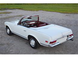 Picture of '69 Mercedes-Benz 280SL - $88,500.00 Offered by Frazier Motor Car Company - L3NH