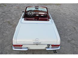Picture of Classic '69 Mercedes-Benz 280SL located in Lebanon Tennessee Offered by Frazier Motor Car Company - L3NH