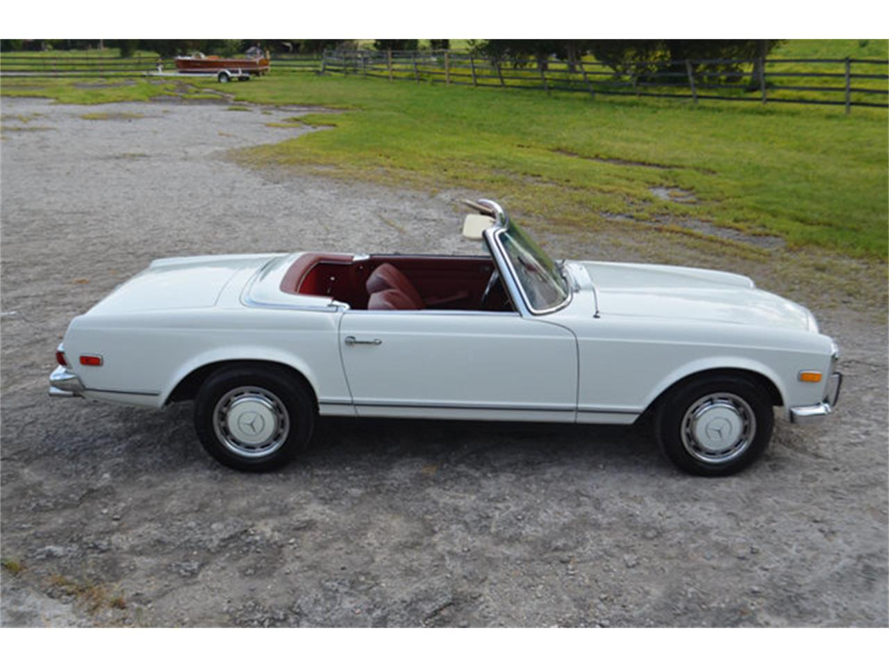 Large Picture of '69 Mercedes-Benz 280SL located in Tennessee - L3NH