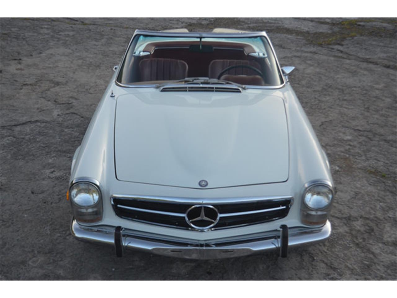 Large Picture of Classic '69 280SL located in Lebanon Tennessee - $88,500.00 Offered by Frazier Motor Car Company - L3NH