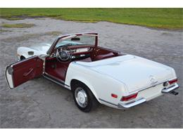 Picture of '69 280SL located in Lebanon Tennessee - $88,500.00 Offered by Frazier Motor Car Company - L3NH