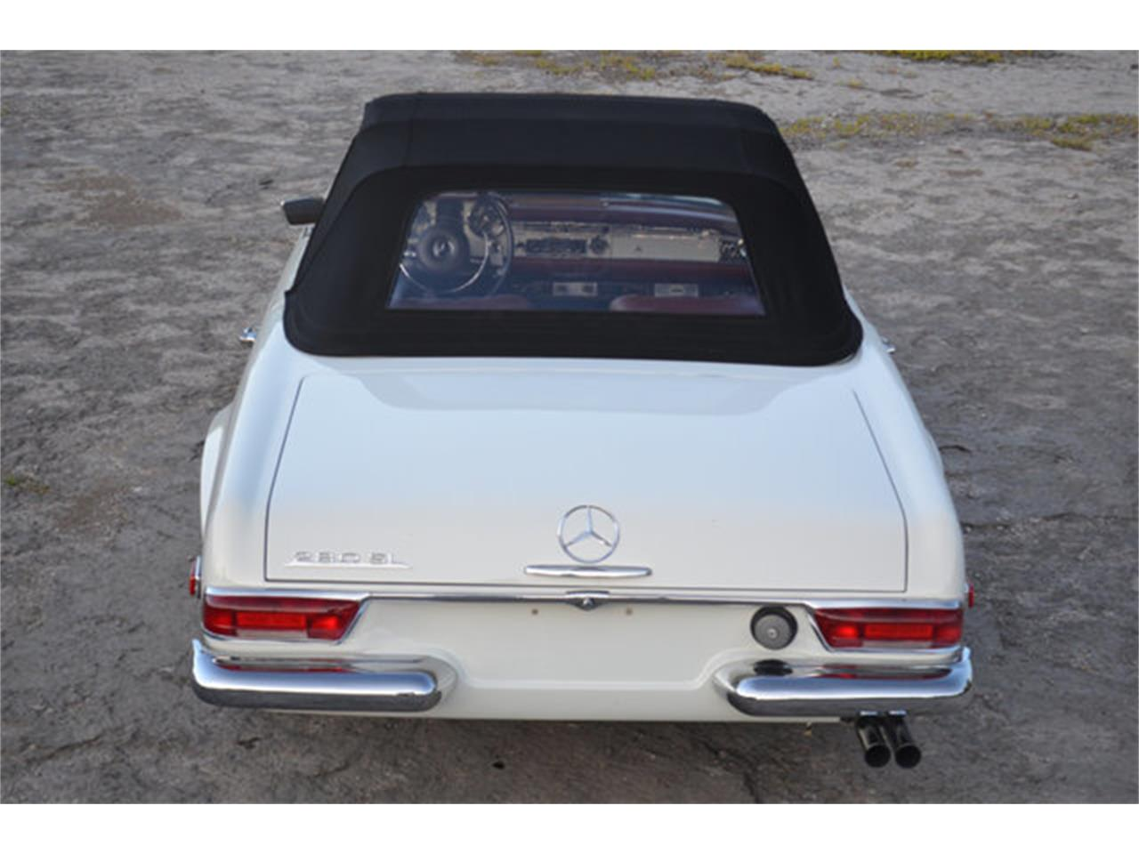 Large Picture of Classic 1969 Mercedes-Benz 280SL located in Lebanon Tennessee - $88,500.00 Offered by Frazier Motor Car Company - L3NH