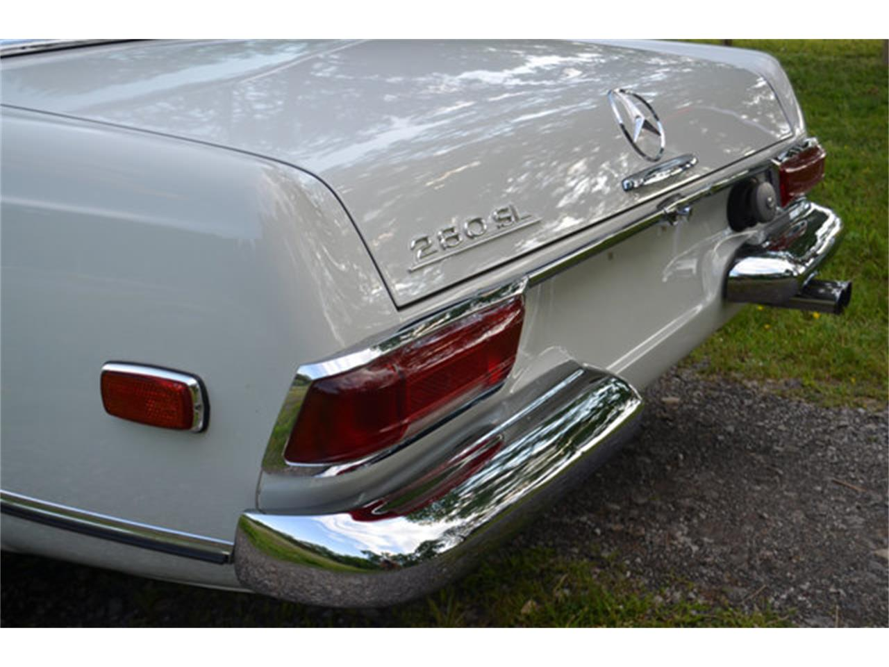 Large Picture of 1969 Mercedes-Benz 280SL located in Tennessee - $88,500.00 Offered by Frazier Motor Car Company - L3NH