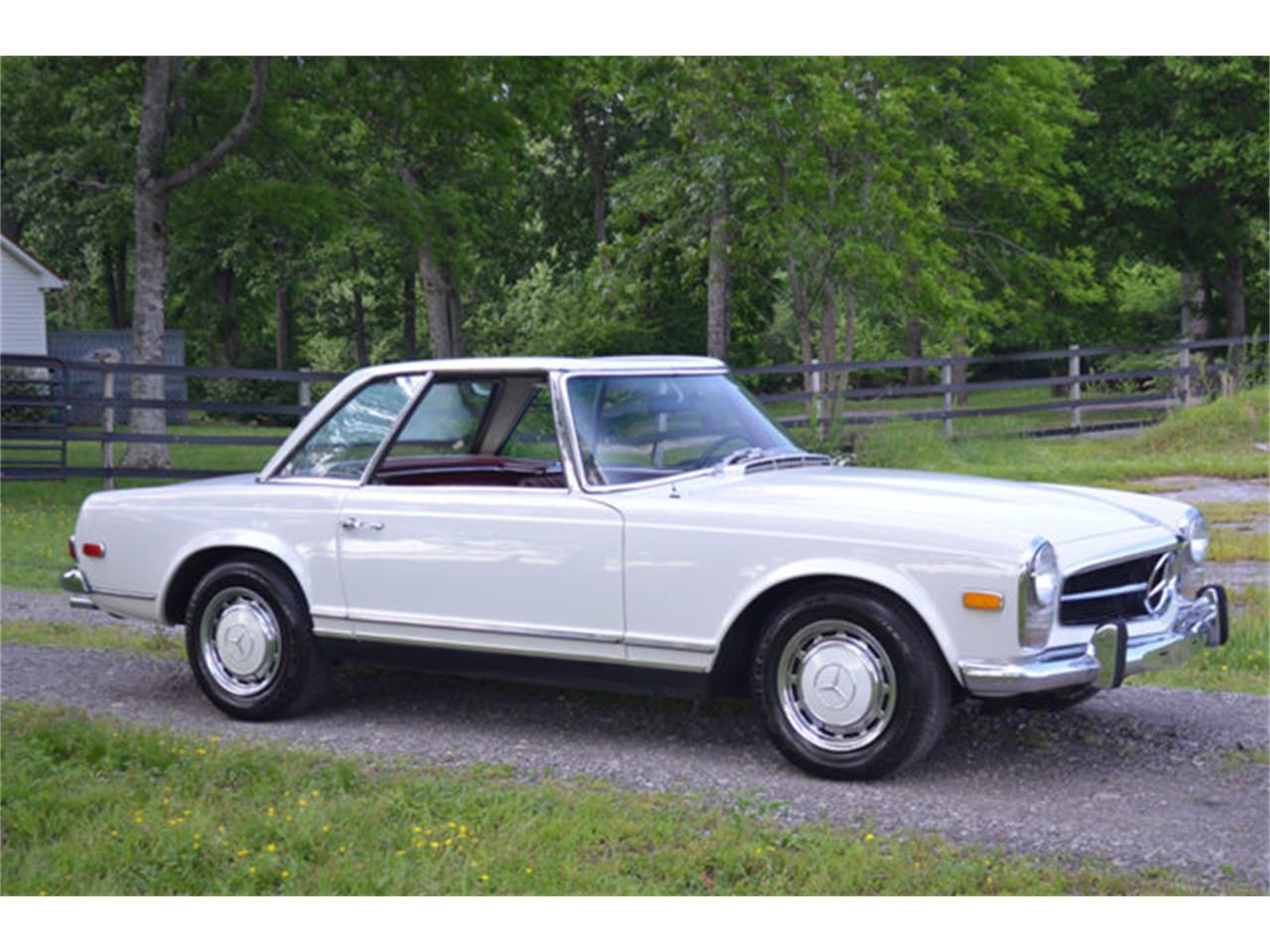 Large Picture of Classic '69 280SL Offered by Frazier Motor Car Company - L3NH
