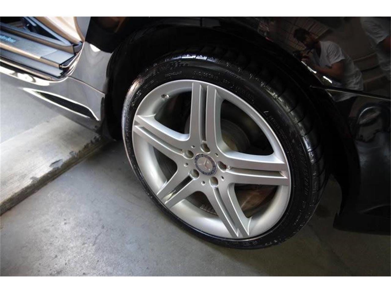 Large Picture of '11 Mercedes-Benz SLK-Class - $21,900.00 - L3QE