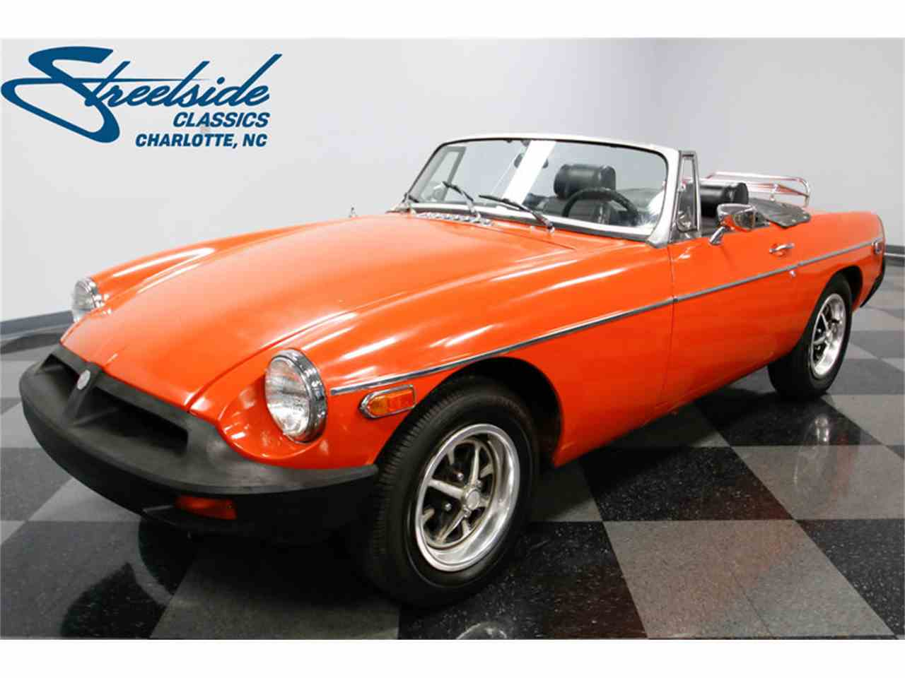 Large Picture of 1974 MG MGB located in North Carolina Offered by Streetside Classics - Charlotte - L3R9
