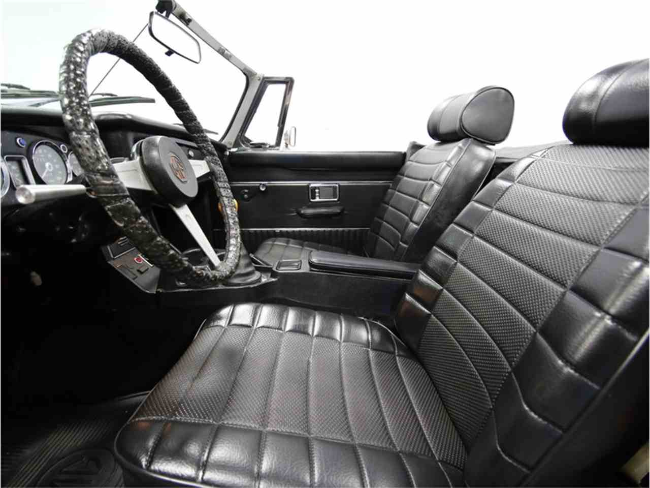Large Picture of 1974 MGB - $7,995.00 Offered by Streetside Classics - Charlotte - L3R9