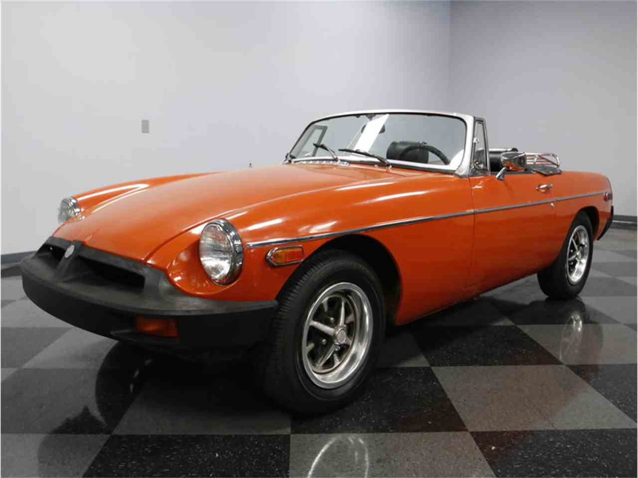 Large Picture of 1974 MG MGB - L3R9