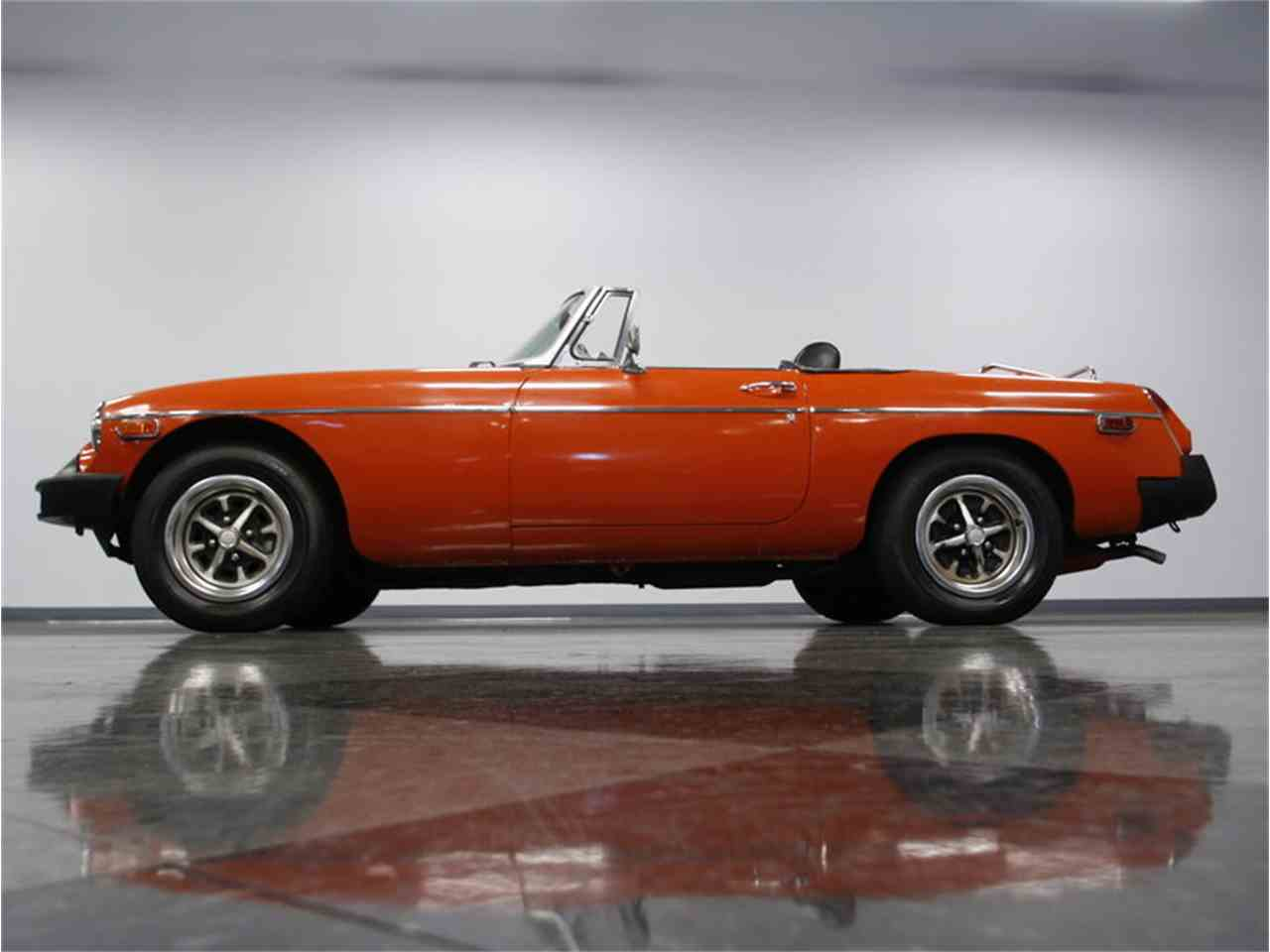 Large Picture of 1974 MGB located in Concord North Carolina Offered by Streetside Classics - Charlotte - L3R9