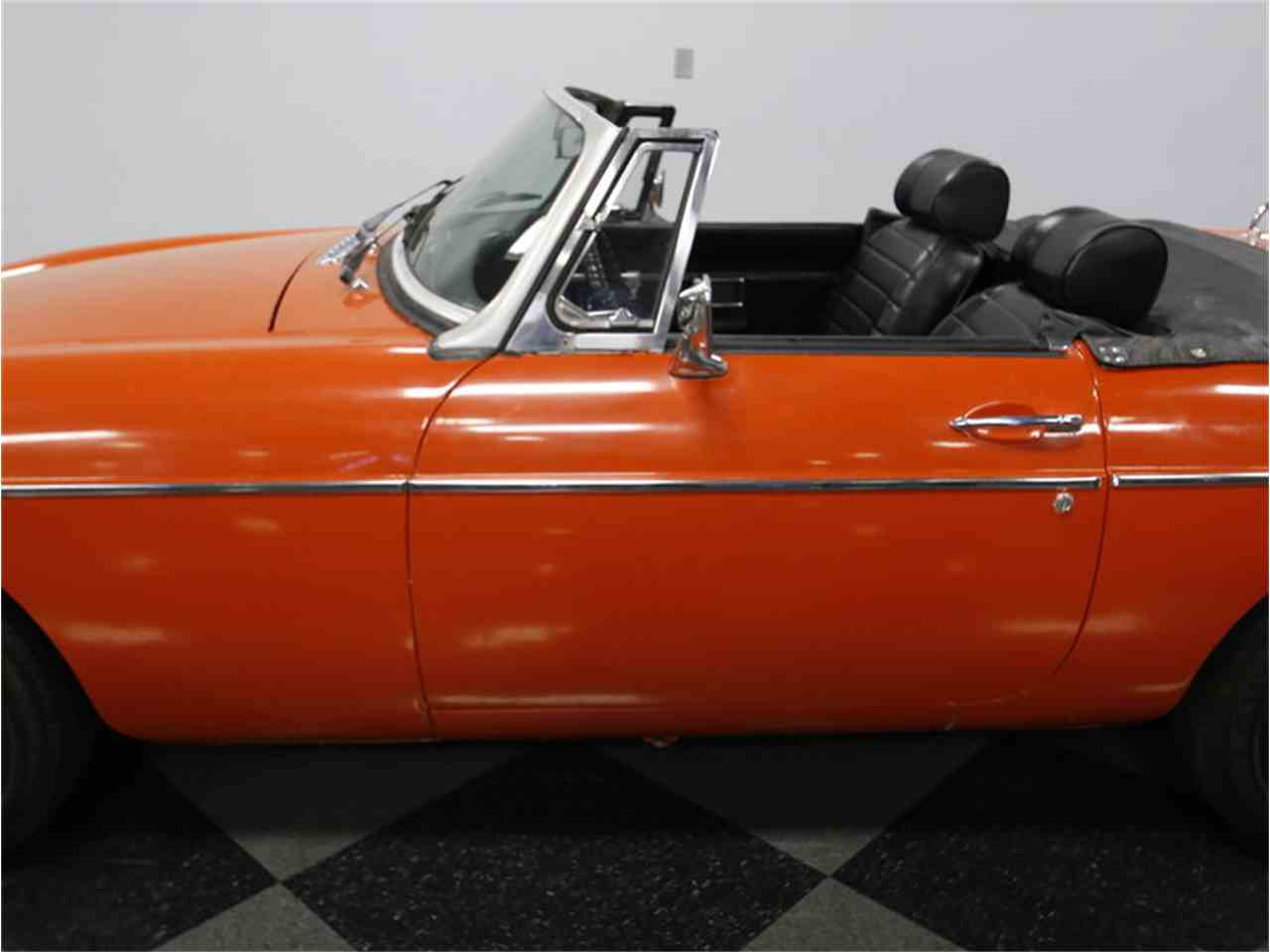 Large Picture of 1974 MG MGB located in Concord North Carolina Offered by Streetside Classics - Charlotte - L3R9