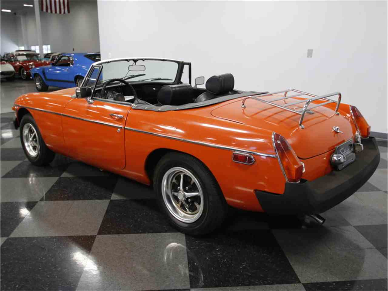 Large Picture of 1974 MGB Offered by Streetside Classics - Charlotte - L3R9