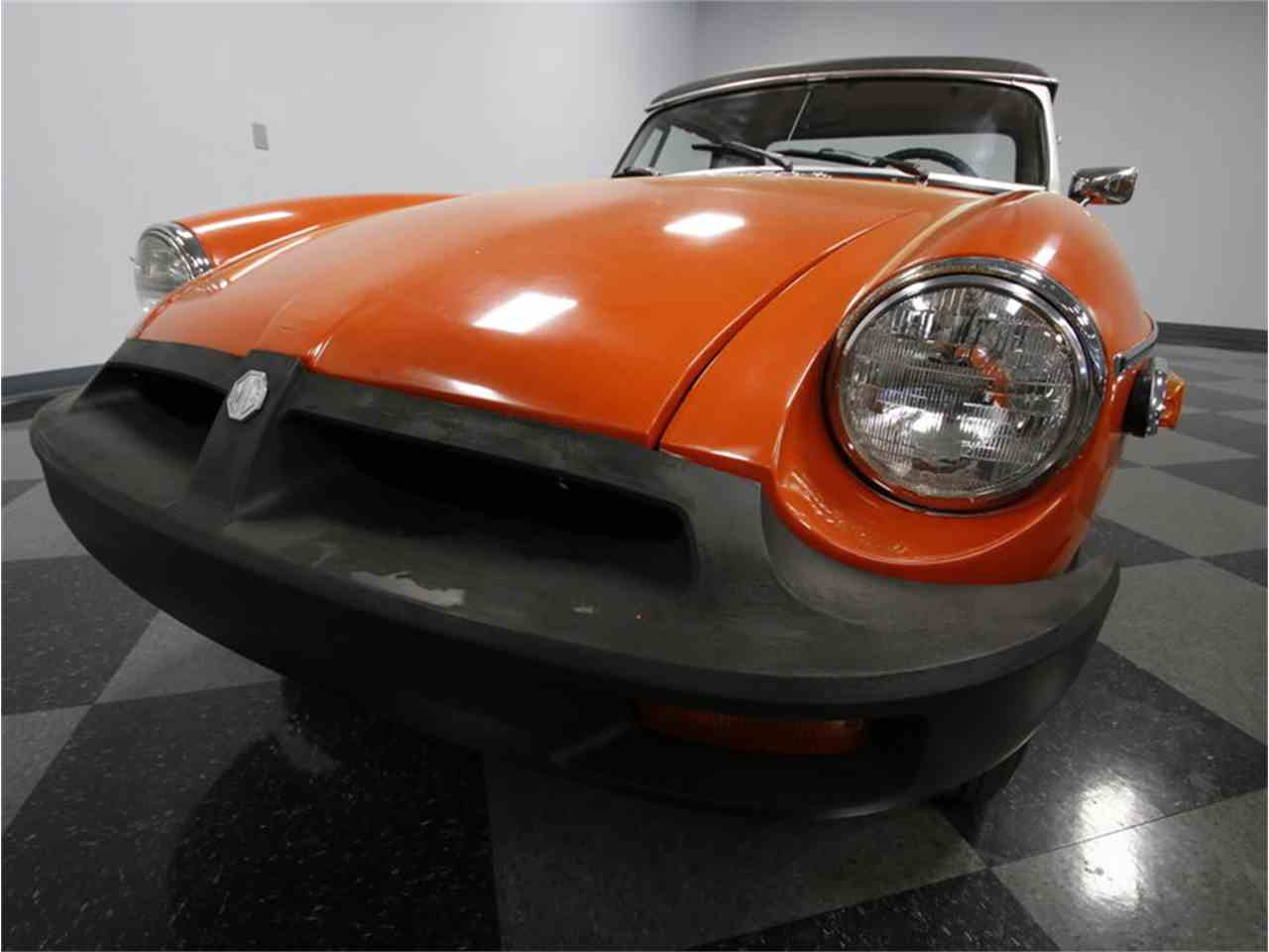 Large Picture of '74 MG MGB located in Concord North Carolina - $7,995.00 - L3R9