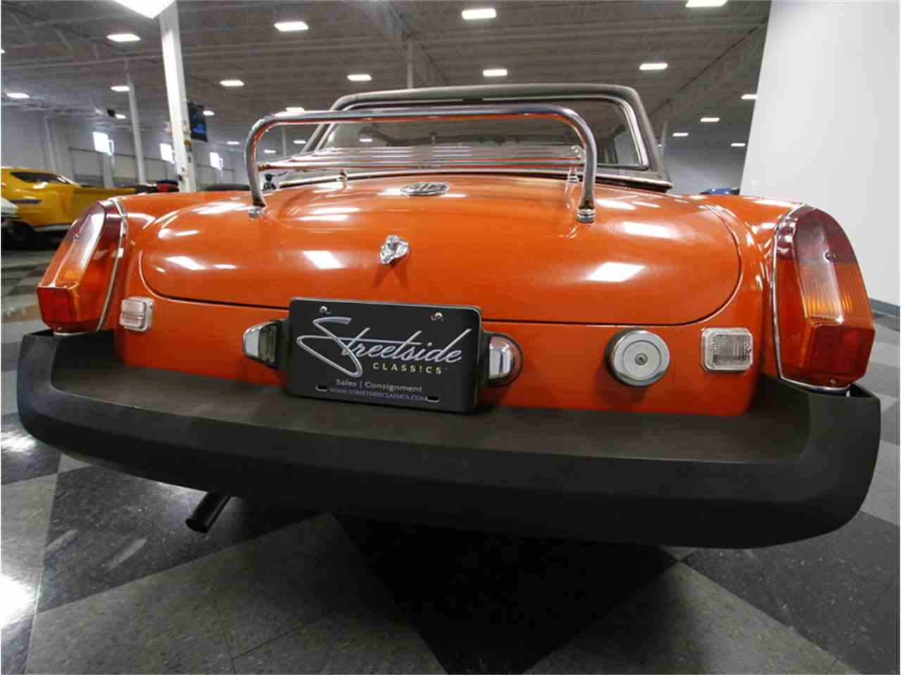 Large Picture of 1974 MGB located in North Carolina - $7,995.00 - L3R9
