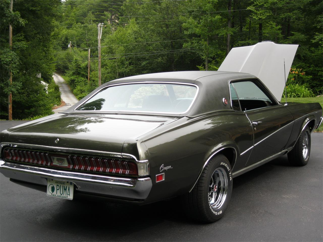 Large Picture of '70 Cougar XR7 located in Milford New Hampshire - L3S9