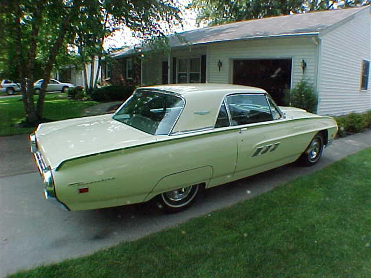 Large Picture of Classic '63 Ford Thunderbird located in Ohio - $20,000.00 - L3SP