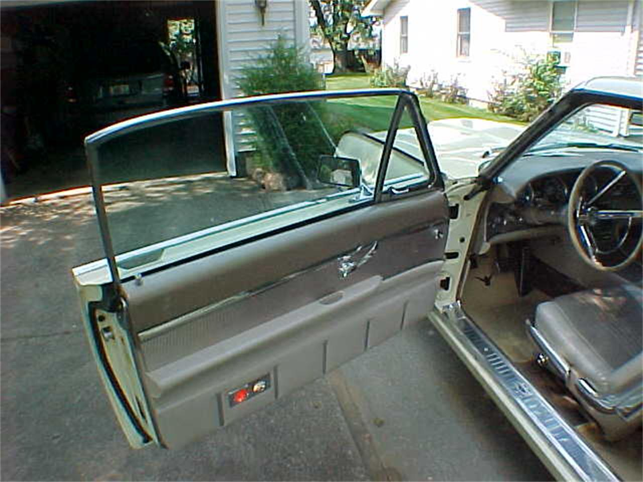 Large Picture of 1963 Ford Thunderbird located in Ohio - L3SP