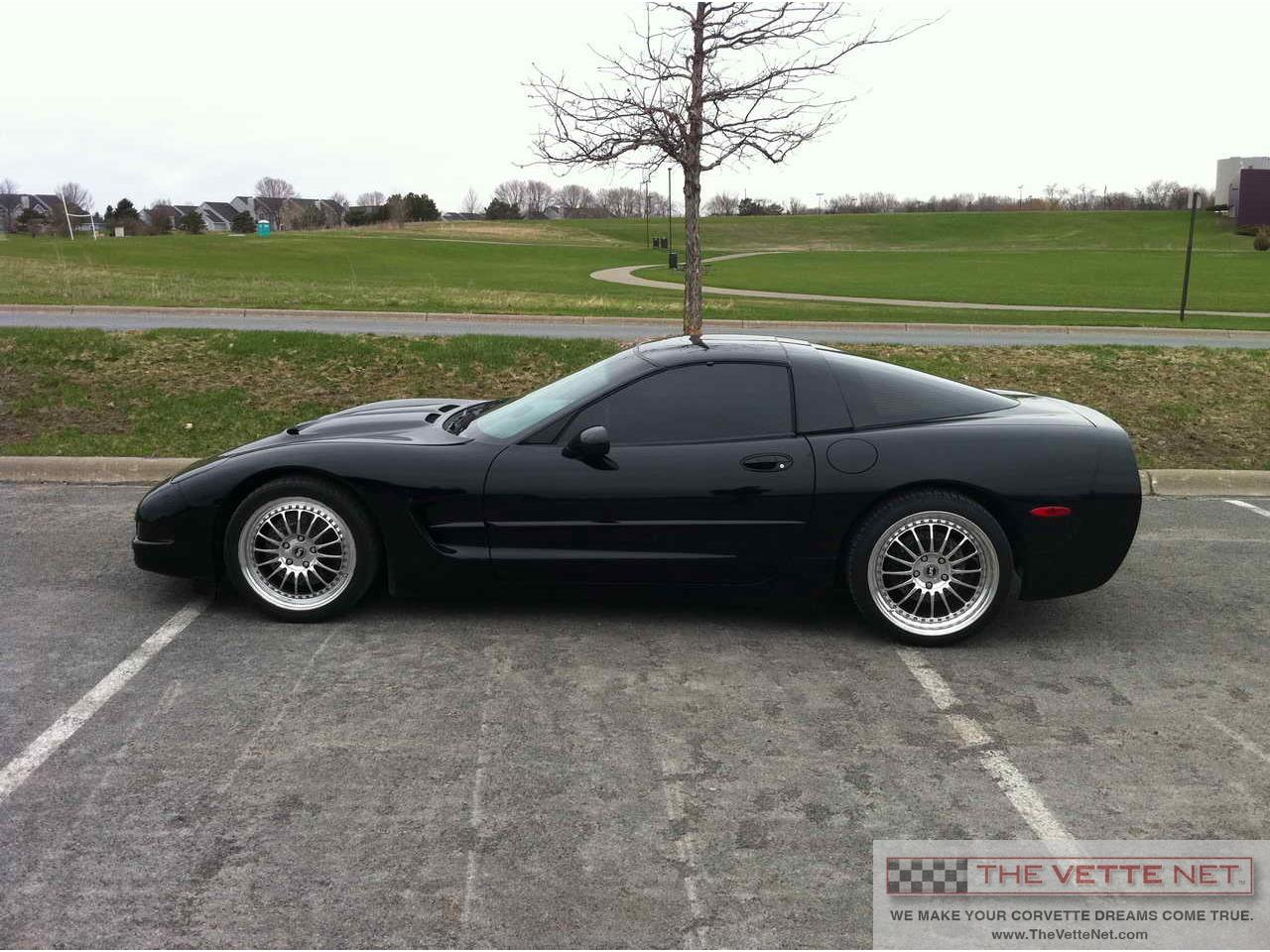 Large Picture of '98 Corvette - L3US