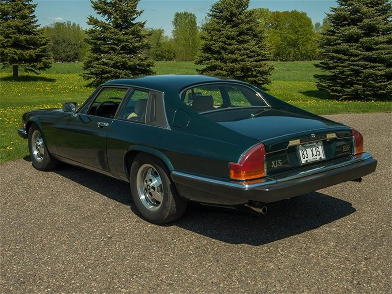 Large Picture of '83 Jaguar XJ - $5,995.00 Offered by Ellingson Motorcars - L3YD