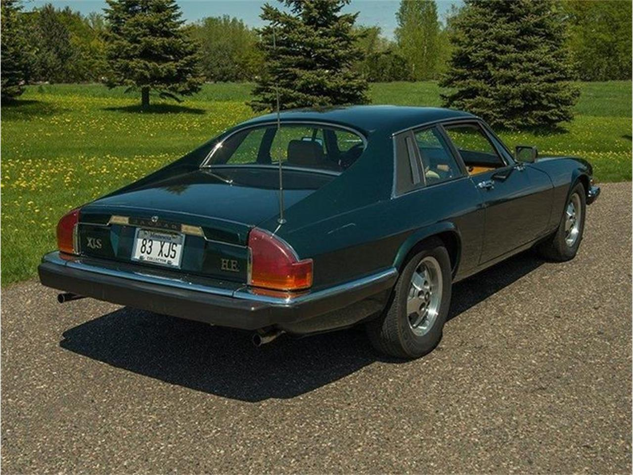 Large Picture of '83 Jaguar XJ located in Minnesota - $5,995.00 Offered by Ellingson Motorcars - L3YD