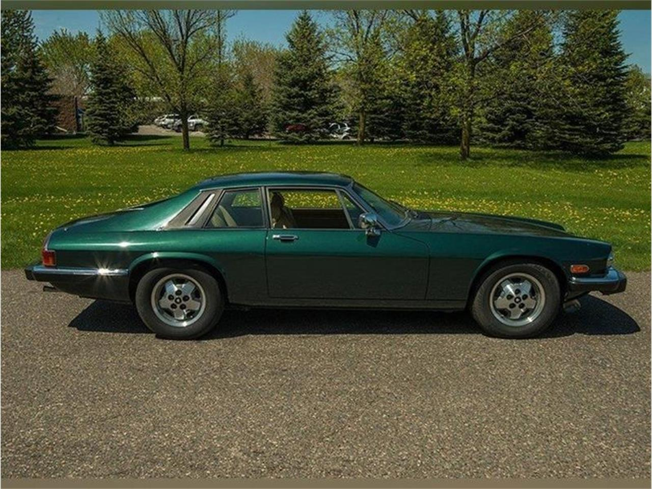 Large Picture of 1983 Jaguar XJ - $5,995.00 Offered by Ellingson Motorcars - L3YD