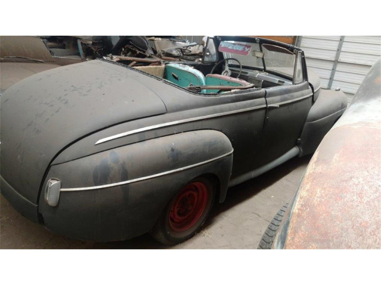 Large Picture of Classic '41 Ford Convertible located in Minnesota - $9,500.00 - L404