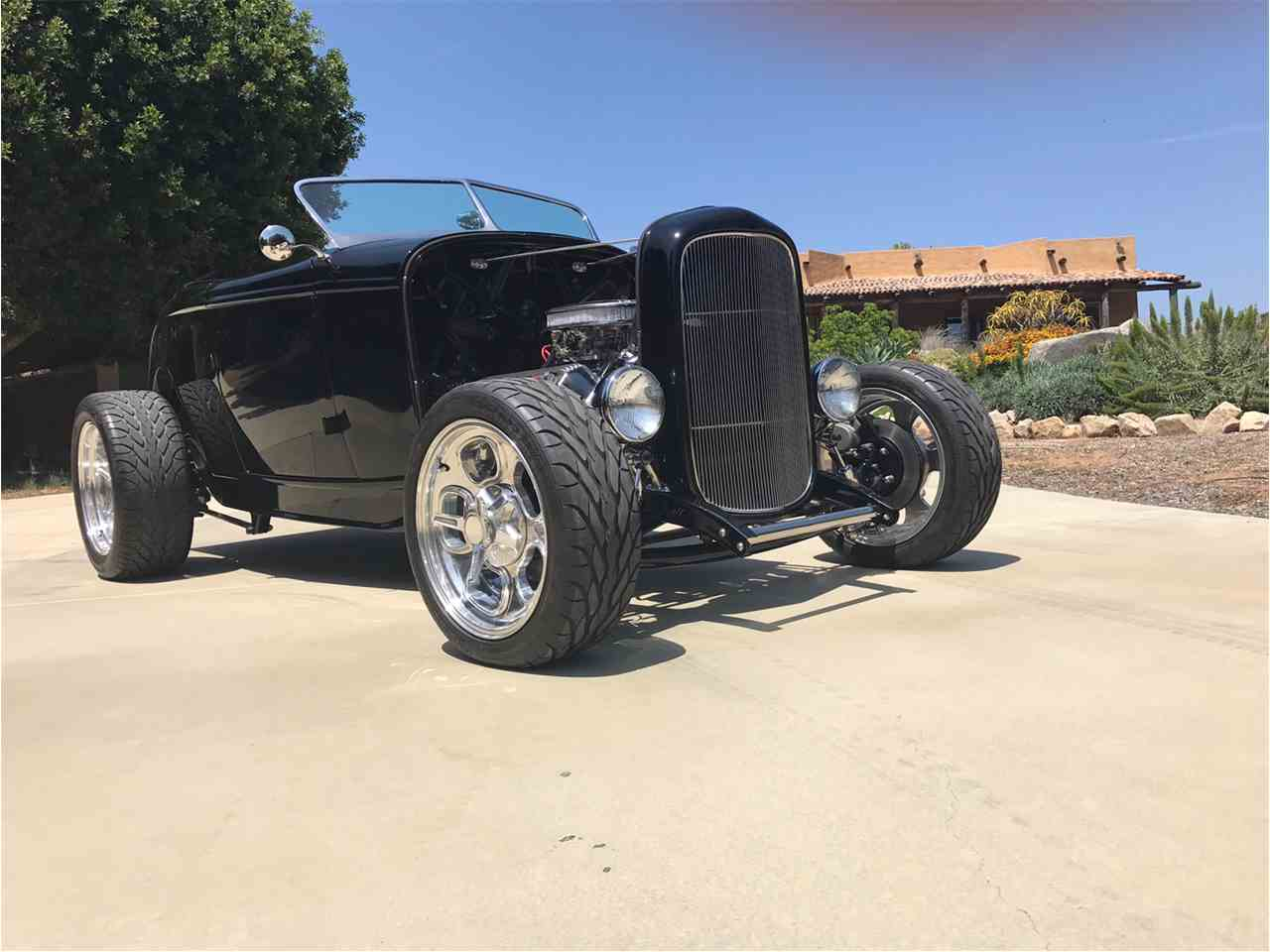Large Picture of '32 Ford Roadster located in California - $43,500.00 Offered by Classic Car Marketing, Inc. - L424