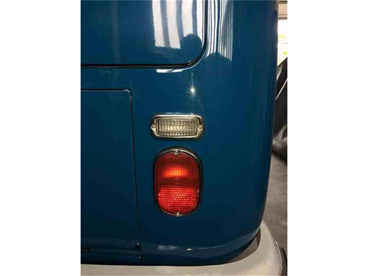 Large Picture of '66 Volkswagen Bus - L427