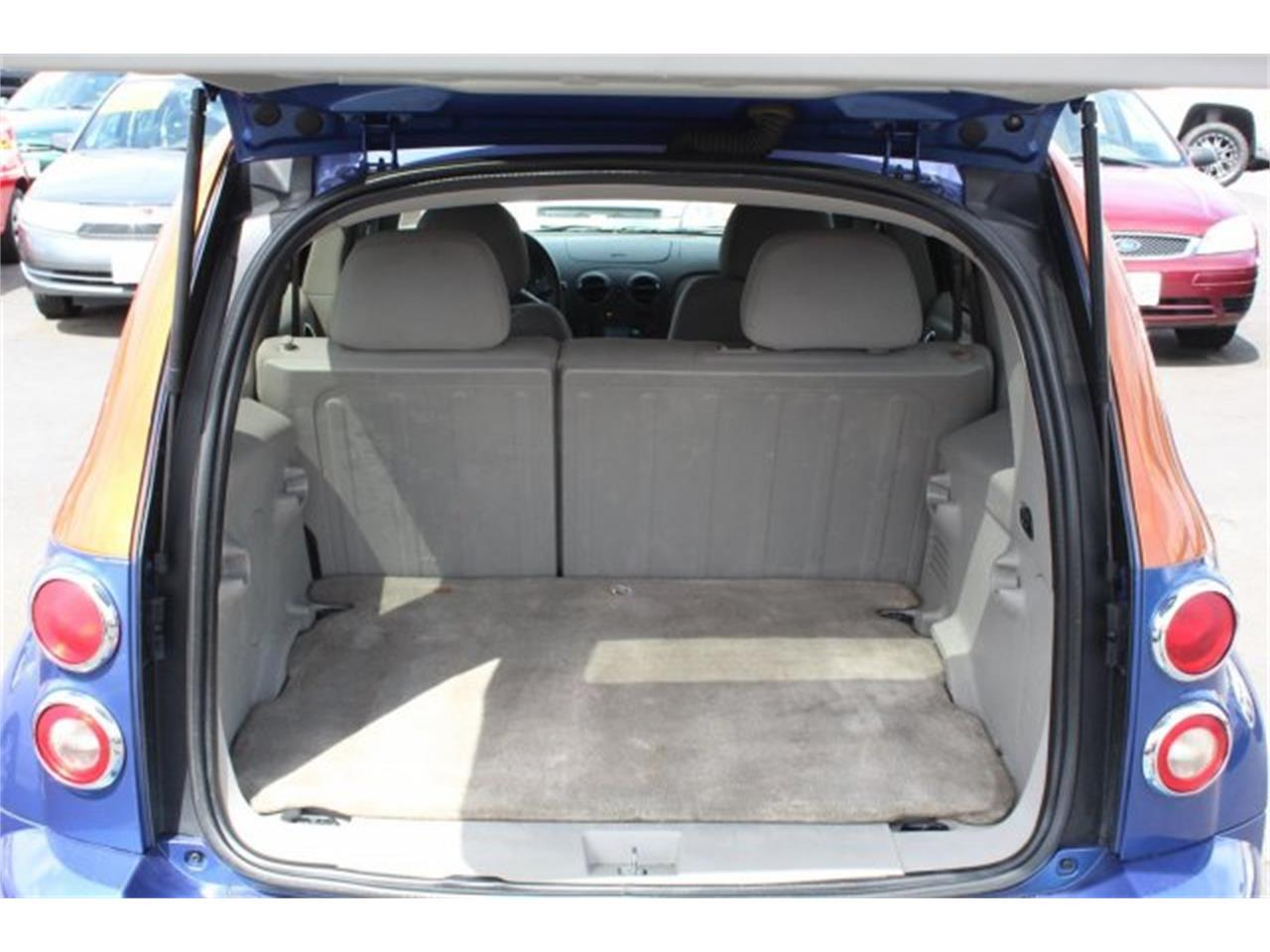 Large Picture of 2006 Chevrolet HHR located in Washington - $6,995.00 Offered by Carson Cars - L42N