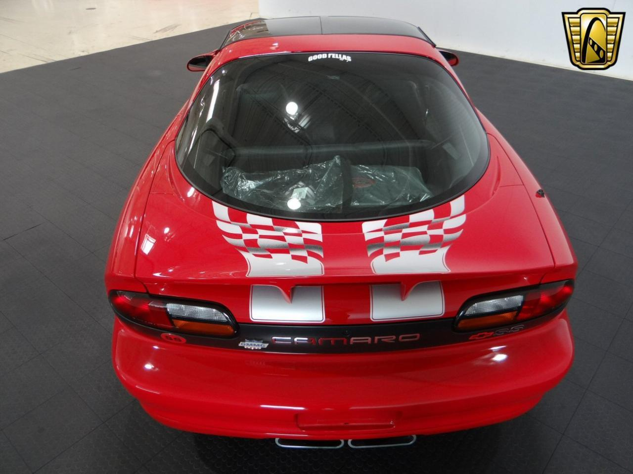 Large Picture of '02 Chevrolet Camaro Offered by Gateway Classic Cars - Chicago - L44H