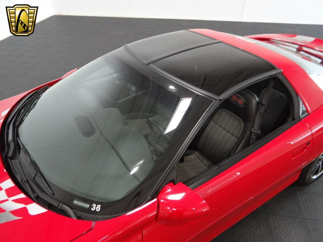 Large Picture of '02 Chevrolet Camaro - $25,995.00 - L44H