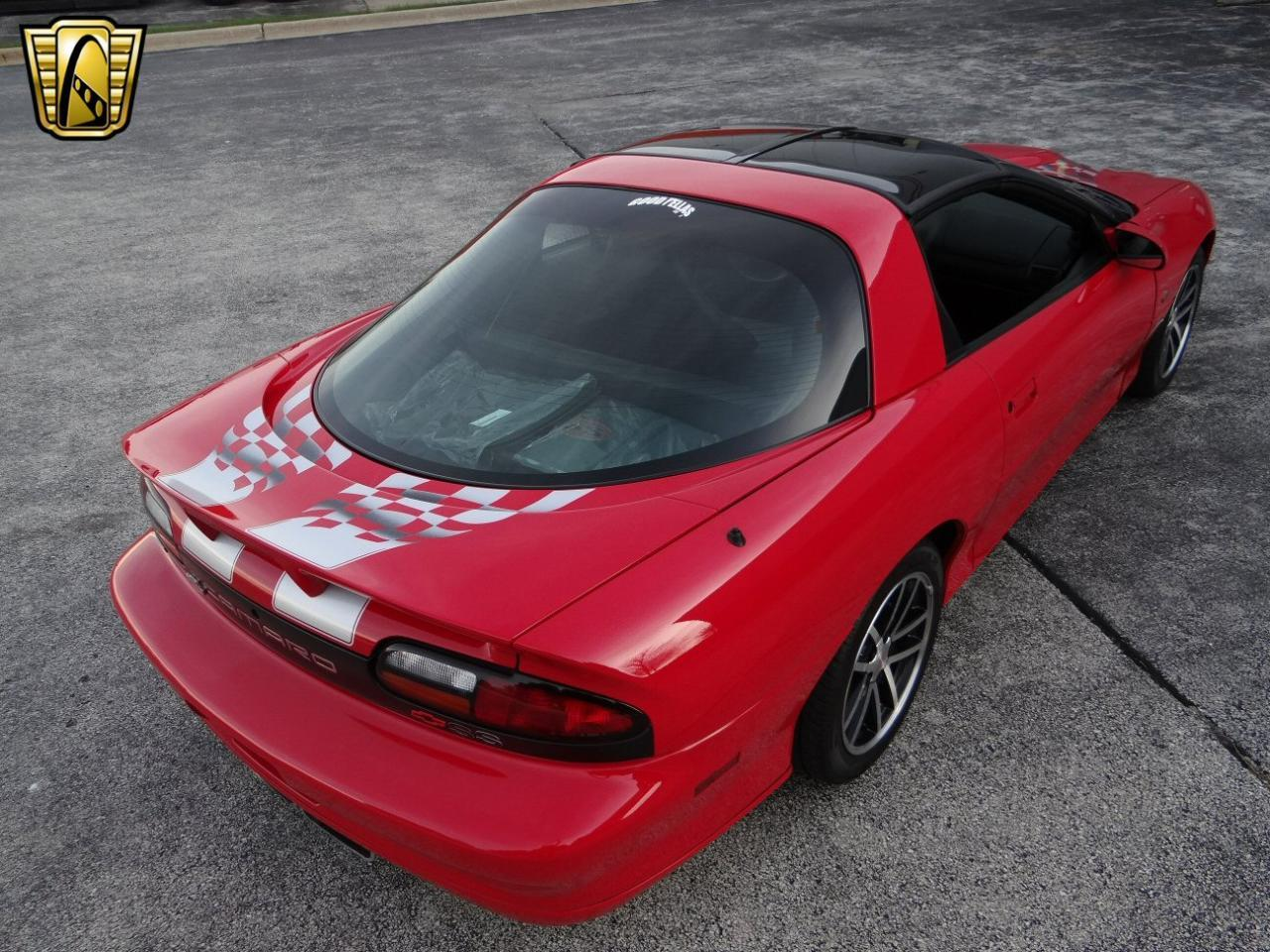 Large Picture of '02 Chevrolet Camaro located in Illinois Offered by Gateway Classic Cars - Chicago - L44H