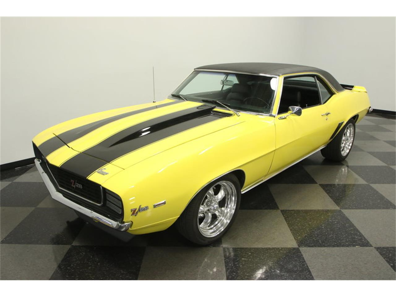 Large Picture of Classic '69 Camaro located in Florida Offered by Streetside Classics - Tampa - L45U