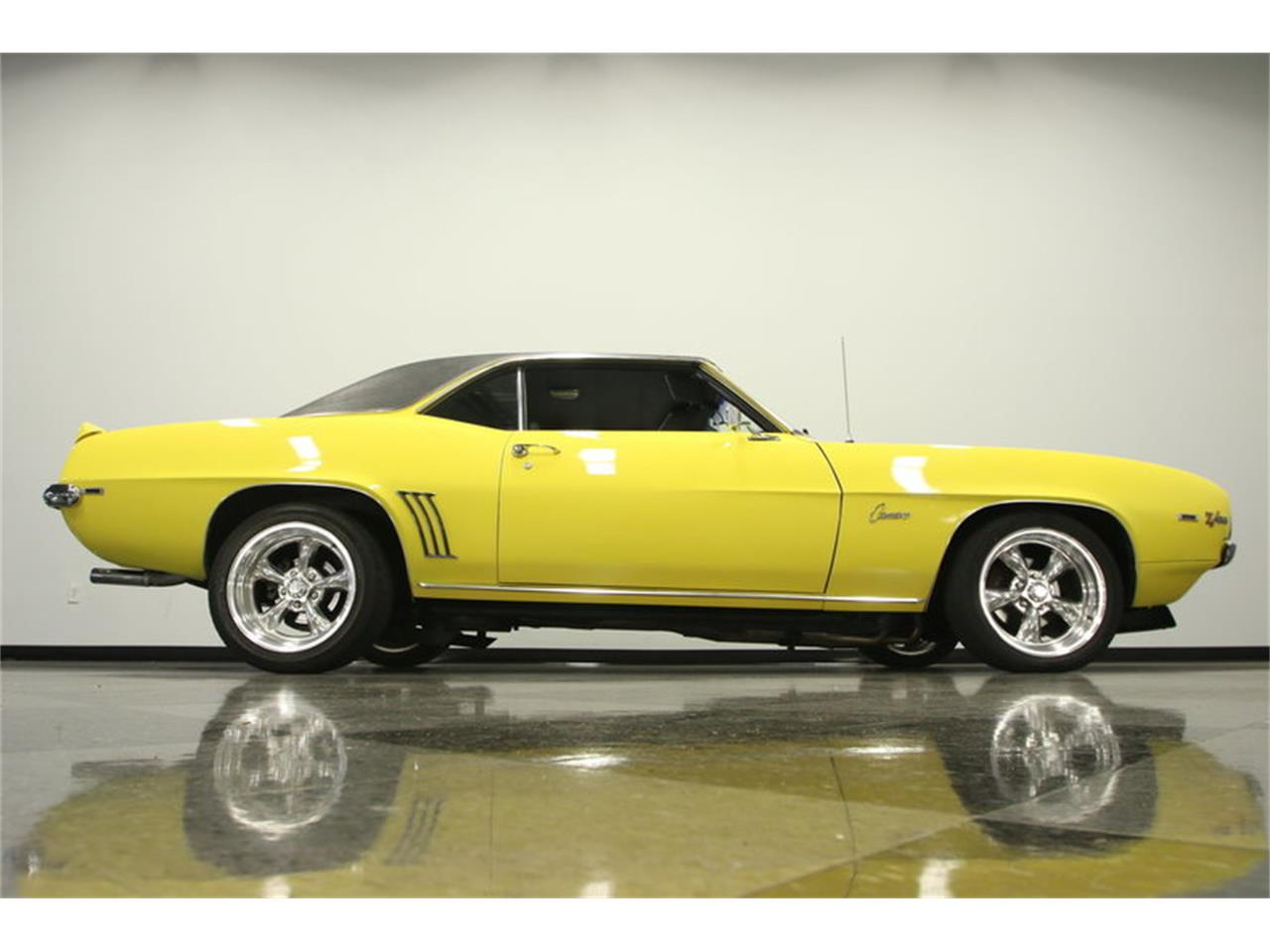 Large Picture of 1969 Chevrolet Camaro located in Florida - $39,995.00 - L45U