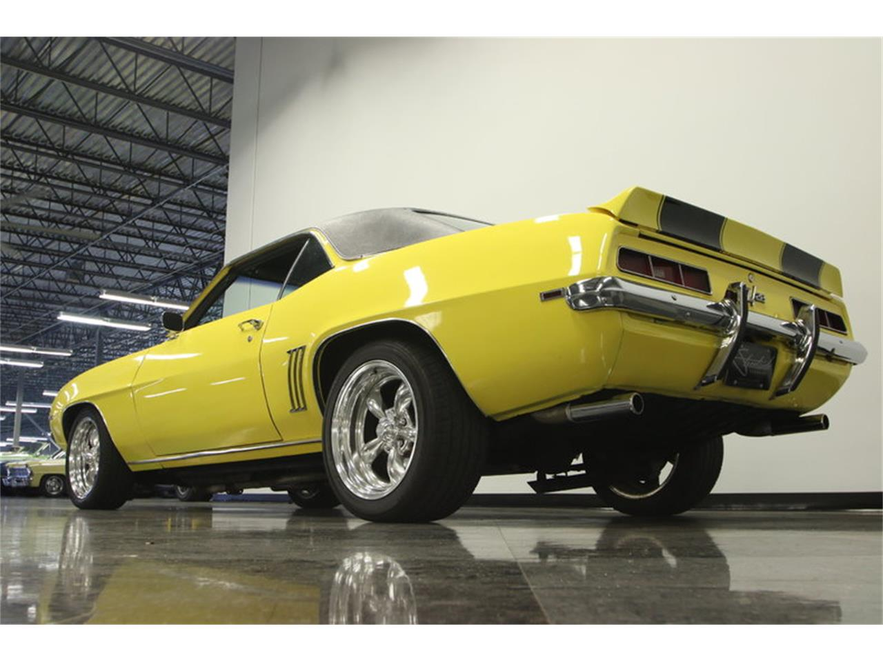 Large Picture of '69 Camaro located in Florida - $39,995.00 Offered by Streetside Classics - Tampa - L45U